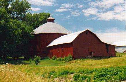 Marshall County Indiana - Centric polygonal barn